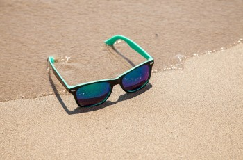 sunglasses-438429_960_720